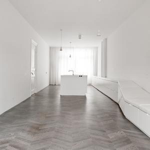 0010-amsterdam-apartment.jpg